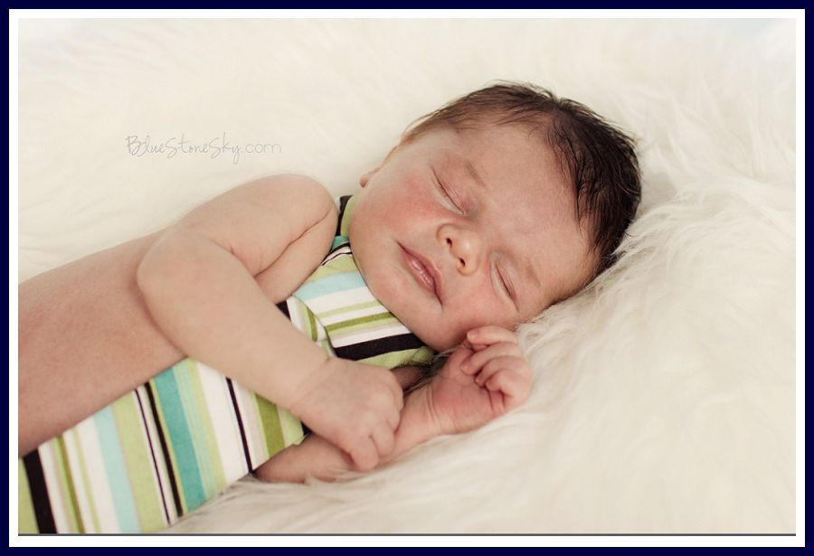 BlueStoneSky_Charlotte_Newborn_Photography_0006